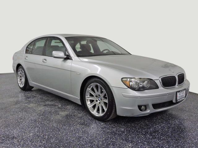 Pre-Owned 2006 BMW 7 Series 750i RWD 4dr Car